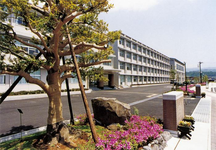 大場新校舎 平成13年